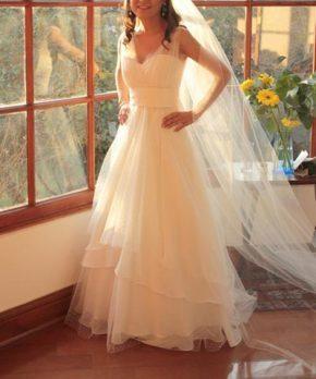 Vestido de novia de gasa y tul corte princesa
