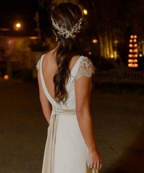 Vestido de novia con lazo en la cintura
