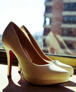 Zapatos de novia blanco invierno