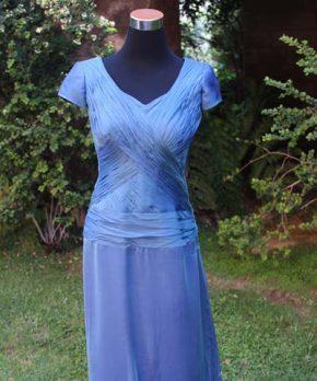 Vestido de madrina turquesa de gasa de seda