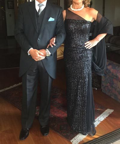 Vestido de madrina negro asimetrico