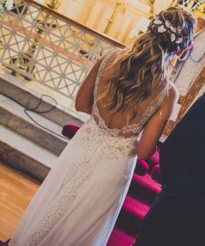 Vestido de novia usado con espalda rebajada en v