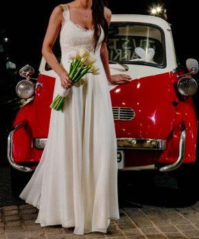 Vestido usado de novia de seda con caida recta