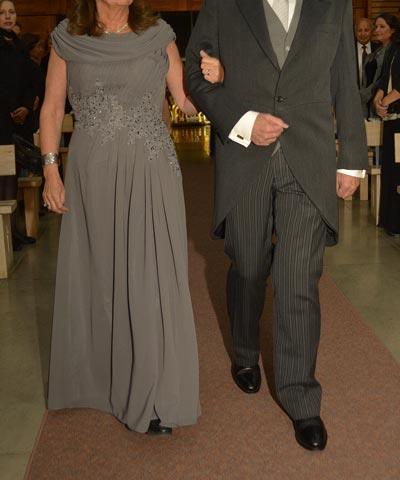 vestido-formal-gris