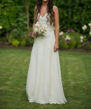 Vestido de novia usado con escote en v y top de pedrería
