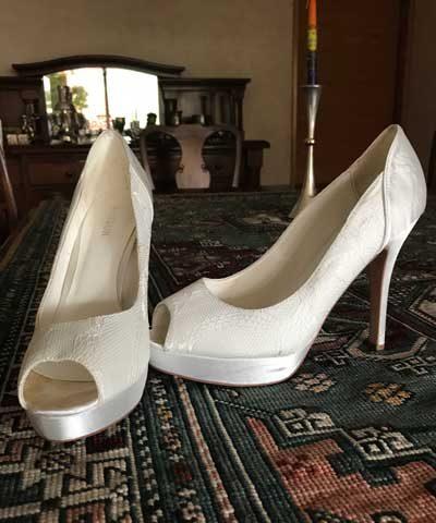 Zapatos de novia taco aguja y punta abierta