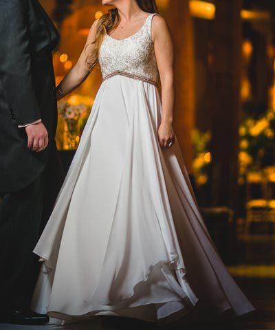 vestido de la diseñadora maría subercaseaux para una novia de chile