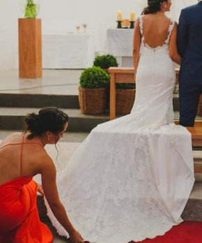 Vestido de novia ajustado con espalda abierta Pro Novias