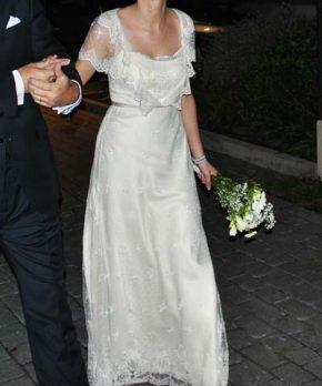 Vestido de novia de encaje de seda inglés hecho por Paula Ovalle