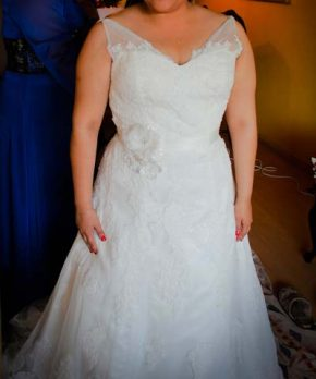 Vestido usado de encaje marca Novias Mint