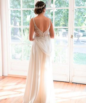 Vestido de novia bordado diseñado por Francisca Larrain