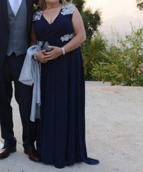 Vestido de madrina azul hecho por Nini Huidobro