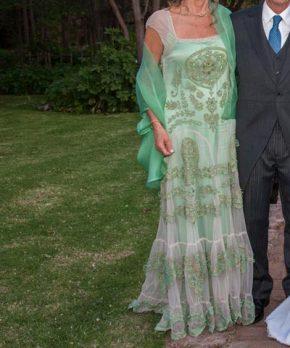 Vestido de madrina español bordado por Sofía Larraín