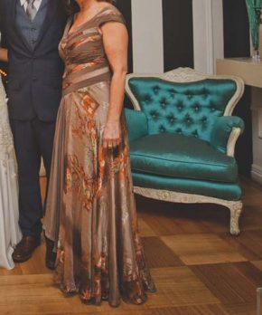 Vestido de madrina hecho a la medida por Camila Merino