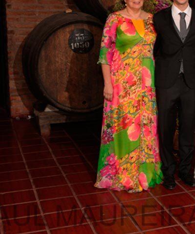 Vestido de seda italiana multicolor de María Subercaseaux