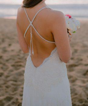 Vestido de novia estilo boho chic confeccionado por Macarena Cortés