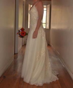 Vestido de novia de macramé y tul marca Macarena Rivera