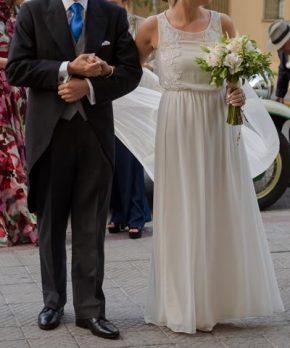 Vestido de novia de gasa bordada de Luz Edwards