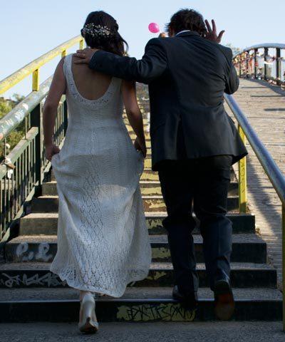Vestido de novia tejido a mano con hilo de seda