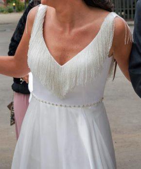 Vestido de novia de piel de ángel con flecos en venta