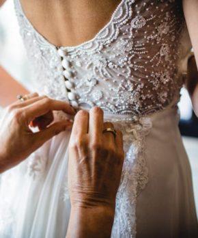 Vestido de novia Trío en venta con bordados a mano