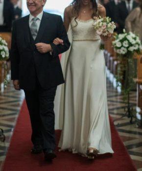 Vestido de novia de crepe de seda hecho por Clara Edwards