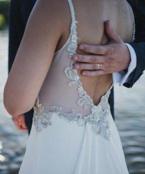 Vestido Cautiva novias de crepe de seda en venta