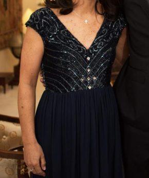 Vestido de madrina con pedrería comprado en Saks NY
