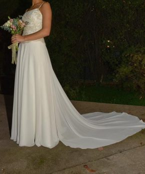 Vestido de novia de gasa marca María Subercaseaux