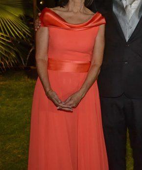 Vestido de madrina color Sandía Oui Novias