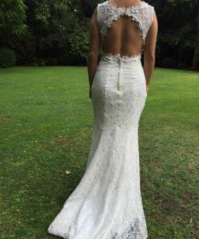 Vestido de novia de encaje marca Angeles Custodios