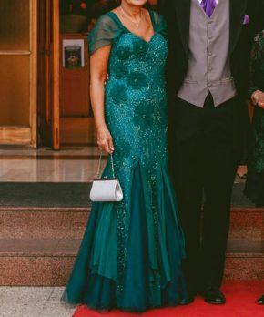 Vestido de madrina verde esmeralda en venta