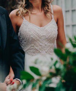 Vestido de novia Sofía Larraín bordado a mano