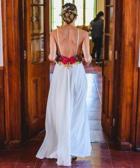Vestido de novia bordado a mano y hecho por Isidora de la Lastra