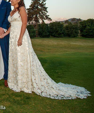 Vestido de novia de macramé marca Punto Clave