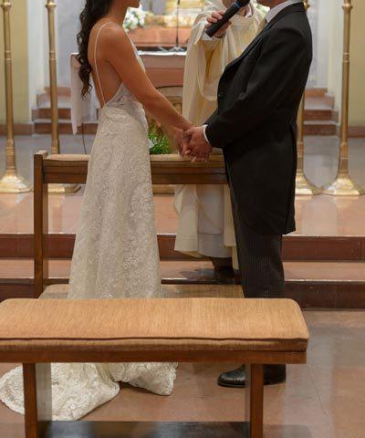 Vestido de novia marca Yolan Cris de macramé