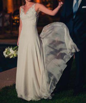 Vestido de novia de seda hecho por Francisca Larraín