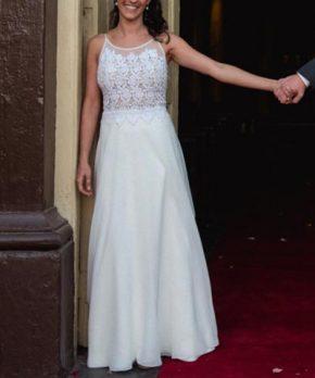 Vestido usado Blanca Bonita