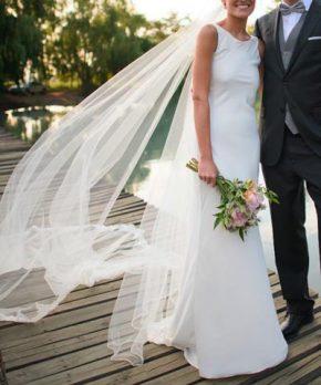 Vestido de novia de seda en venta