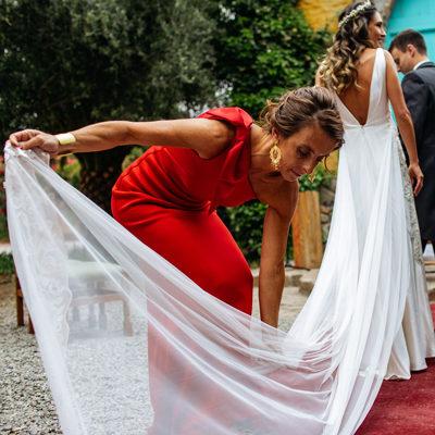 Vestido de la Fran Larraín bordado con pedrería se vende