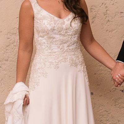 Vestido usado Nancy Navarrete de gasa y encaje con